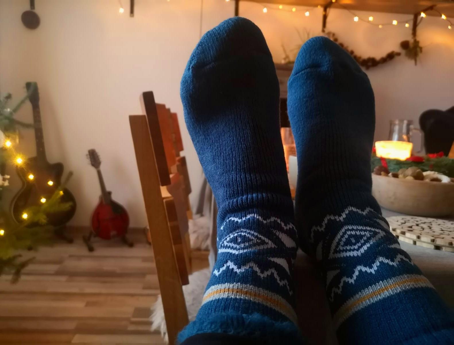 Pletené ponožky jsou vhodné do chladných měsíců nebo jako měkká domácí obuv
