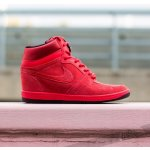 Nike WMNS Force Sky High PRM Action Red