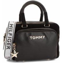 Tommy Hilfiger Corp Highlight Duffl AW0AW05722 002 1decd3980f7