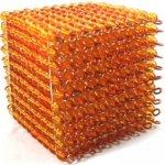 Montessori zlatá perlová tisícová krychle