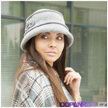 4ff47debbbf Karpet Vlněný klobouk s aplikací a korálky fuchsie 933437
