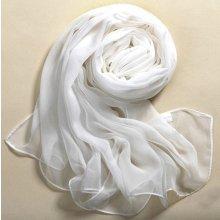 Měkký hedvábný šátek v bílé barvě
