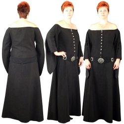 23a46d755710 Gotické šaty s páskem od 3 730 Kč - Heureka.cz