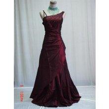 Tmavě červené dlouhé společenské svatební plesové šaty pro plnoštíhlé