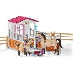 Schleich 42369 Stáj s koňmi Arabskými a ošetřovatelkou