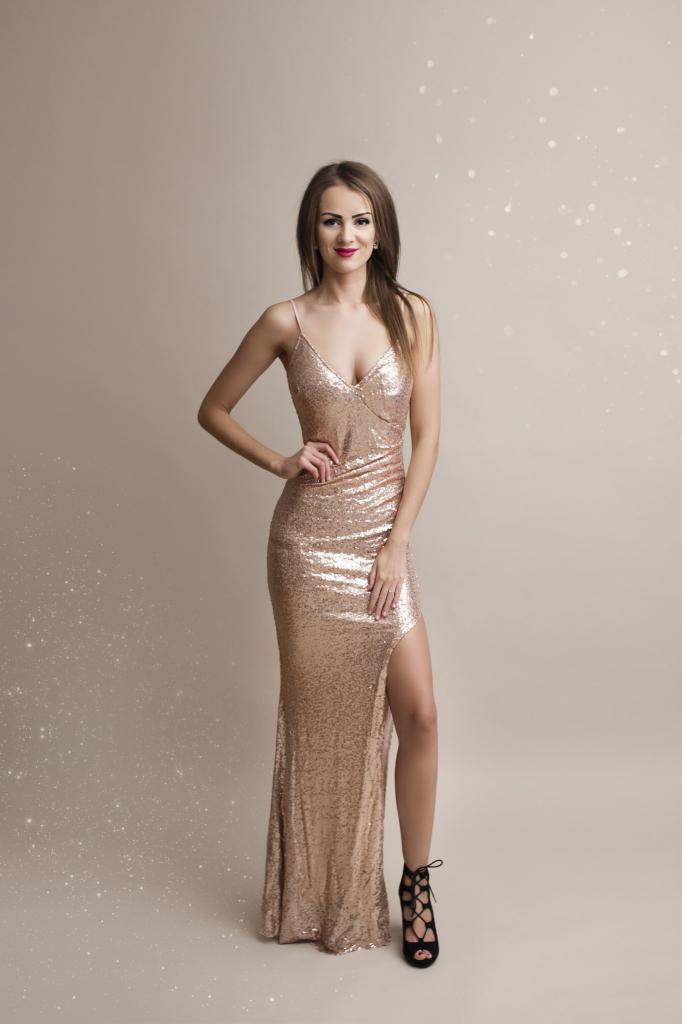 147bfb693af Eva   Lola společenské šaty Britney zlatá od 1 890 Kč - Heureka.cz