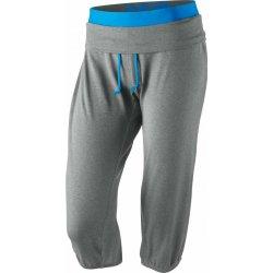 Džíny, kalhoty a rifle Nike OBSESSED CAPRI