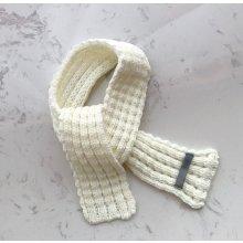 dětská pletená šála bílá