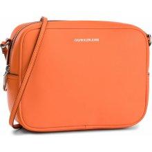 3550d135b4 Calvin Klein Jeans Passenger Camera Bag K40K400616 802