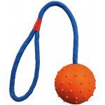 Trixie Vrhací míč hrbolatý na šňůře 7cm / 30cm