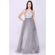 d8270a6edb99 Nejnovější recenze ze sekce Plesové šaty. Plesové šaty Vílí křídla šedá
