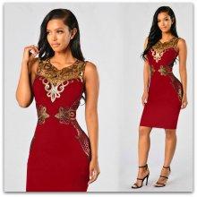 78221cca451 Luxusní dámské šaty se zlatou bordurou 303884-4 vínová