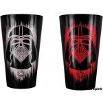 CurePink Sklenice Star Wars/Hvězdné války: Darth Vader 450 ml barevný