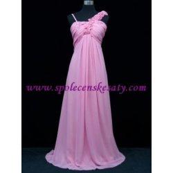 f217af7a7c1 Růžové dlouhé svatební společenské plesové šaty šifónové na jedno rameno
