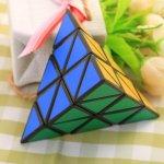 Rubikova kostka Pyramida 3x3x3