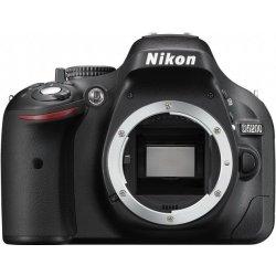 NIKON D5200 Black tělo