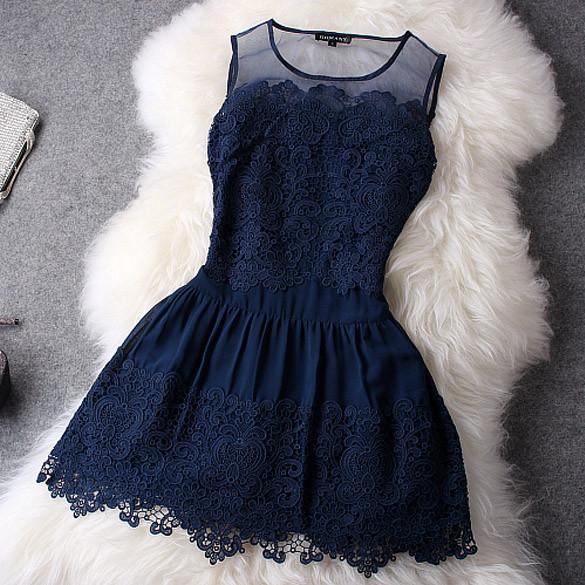 Plesové šaty Modré krajkové šaty koktejlky - Seznamzboží.cz 38e8dcded76