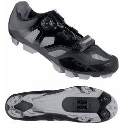 ... černé horská a trekingová obuv a18e2eb4910