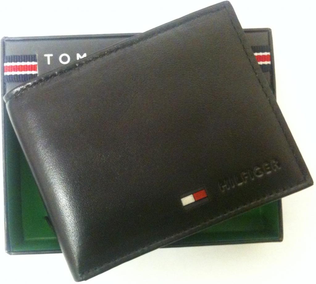 Poradna Tommy Hilfiger pánská peněženka Men s Multi Card Passcase wallet -  Heureka.cz e58664bc30