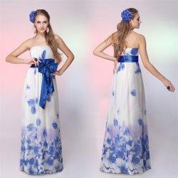 modré dlouhé letní společenské maxi šaty bez ramínek se vzorem Bílé ... add95e5683