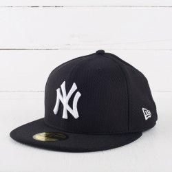 9ed096dc9a3 New Era 59F League Basic MLB New York Yankees Purple White kšiltovka ...