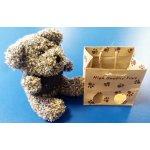 Medvídek s kapucí v papírové tašce žíhaný