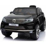Beneo Elektrické autíčko Volkswagen Touareg EVA kola čalouněný sedák 24 GHz DO klíč 2 X MOTOR černé USB FM Rádio Bluetooth SD karta odpružení 5 bodový pás ORGINAL licence