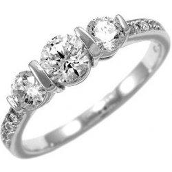 201ce6b6f Silvego Stříbrný zásnubní prsten Varsamia se Swarovski Zirconia SHZR338