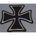 Dodavatel Choppers styl Motorkářská nášivka. Maltézský kříž s oblými tvary a stříbrným lemem.