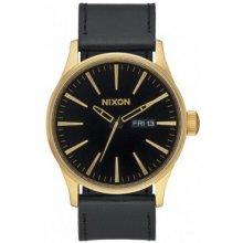Nixon Sentry Leather gold black
