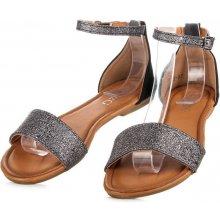 Blyštivé černé sandály s pevnou patou