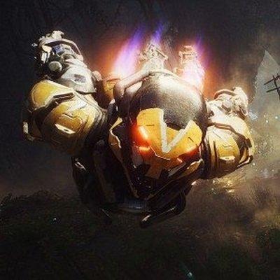 Bojový exoskeleton