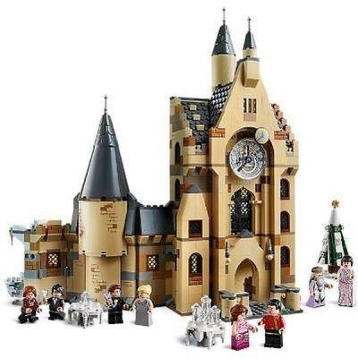 Kultovní místa a osm mini postaviček