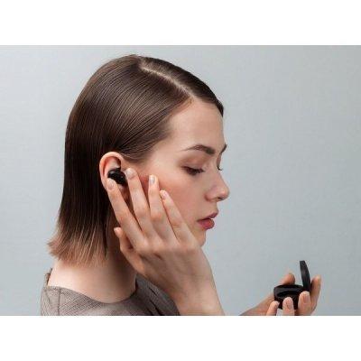 Vše uslyšíte i s jedním sluchátkem