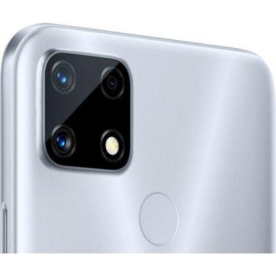 Trojitý fotoaparát se 48 Mpix