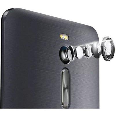 Propracovaný fotoaparát