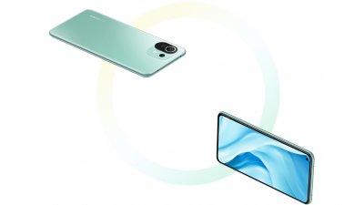 Menší telefon s větším displejem