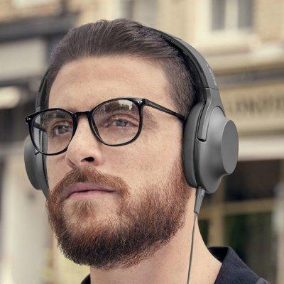 Poslouchejte hudbu, která vás pohltí