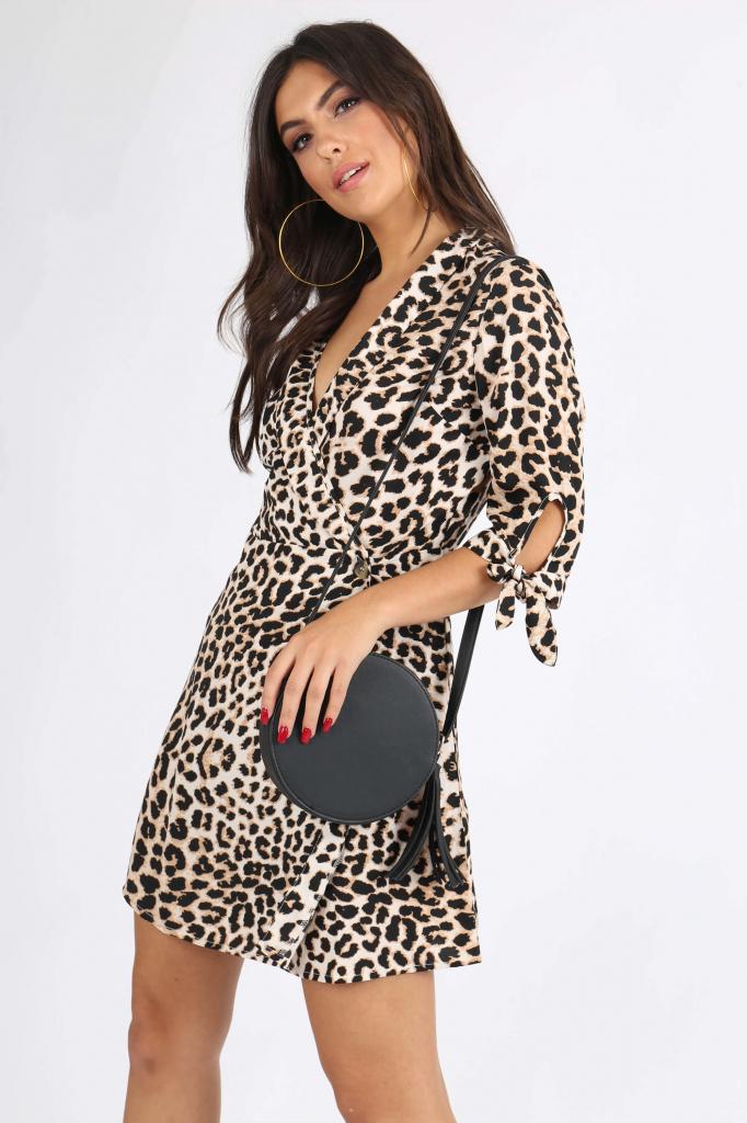 db79f3cd5e7b Dámske šaty Krátke šaty s leopardím vzorom a výstrihom do V ...