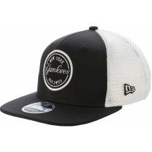 c86d986fc15 New Era 9FI Emblem Trucker MLB Mesh New York Yankees black White