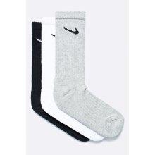 Nike ponožky 3 páry bielo/sivo/čierne 3PPK VALUE COTTON CREW SX4508 965