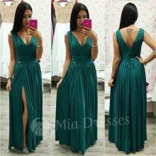 Trblietavé spoločenské šaty smaragdová