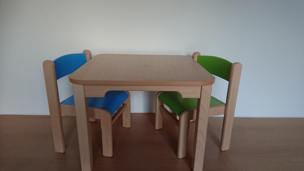7a182d500a5a Detské stoly a stoličky Hajdalánek detský stolík Lucas so stoličkami ...