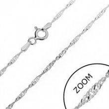 Šperky eshop Strieborná retiazka trblietavá špirála z plochých očiek AB23.07