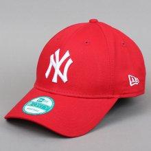 10ab35587 New Era 940 MLB League Basic NY červená / biela