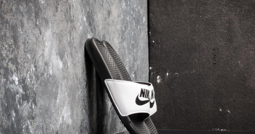 944481cfe8032 Pánska topánka NIke Šľapky Benassi Just do it biela-čierna ...