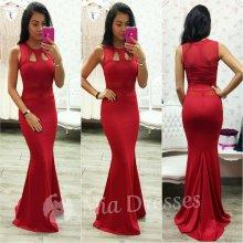 Dlhé šaty s výrezmi červená