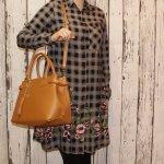 luxusná pracovná kožená kabelka do ruky camel Pisa 928cd50df1f