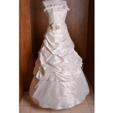 Svadobné šaty maslové 4