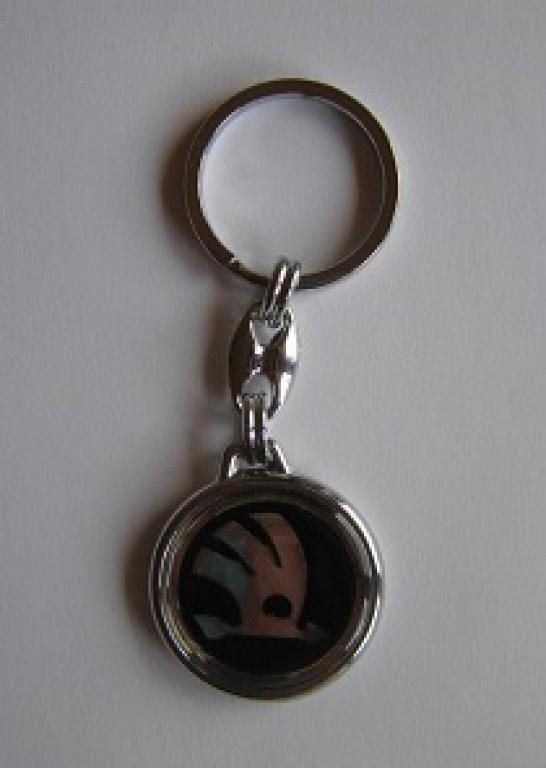 Prívesok na kľúče Prívesok na kľúče živicová Škoda chrom ... 7063f907be7